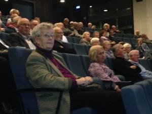Stor publik i Skandiasalen på Lindhagens plan